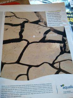 Aqualia - Publicidad Gráfica sobre sequías en España Glass, Drinkware, Corning Glass, Yuri, Glas