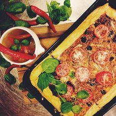Quiche z cebulą i szpinakiem #quiche #soup #corn #spinach #onion #lunch #lunchtime #lunchidea #letarg #letargbistro #food #foodporn #instafood #foodgasm #amazing #tasty #delicious #yummy #chilli #pepper #red #foodlovers #poznan #restaurant