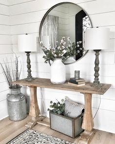 Farmhouse Living Room Decor Ideas - These Stunning Living Areas with Farmhouse Decor will certainly take your breath away. The colors, structure, accessories will inspire you for days! Decoration Palette, Style Deco, Farmhouse Wall Decor, Farmhouse Design, Modern Farmhouse, Farmhouse Entryway Table, Farmhouse Style, Farmhouse Lamps, Farmhouse Interior