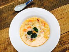 Maak je ook graag soepjes? Ik wel. En dit #soepje is perfect voor de #zomer. Een licht #zomers #vis #kokos #currysoepje. Het #recept staat in een #blog voor je klaar. I love Azië! Deze foodbox maakt het wel heel makkelijk om alle heerlijke Aziatische smaken bij je in huis te halen! Met deze foodbox wordt ook jij een echte Asian Food lover als je het nog niet was ;-). P.s.ik heb alvast een recept voor een Aziatisch soepje erbij geblogt.  #nomnom #yum #foodbox #unboxed #foodblogger #toko…