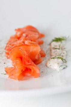 Fisch und Meeresfrüchte In der folgenden Auflistung habe ich alle Rezepte für Fischgerichte und Meeresfrüchte zusammengetragen. Wegen der Überfischung der Meere findest Du mehrheitlich Rezepte mit ungefährdeten Süßwasserfischen.