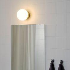 Ikea Series, Led Lampe, Brass Color, Messing, Glass Shades, Bathroom Medicine Cabinet, Home Furnishings, Bathroom Lighting, Light Bulb