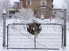 Farm Gate, Farm Fence, Driveway Gate, Fence Gate, Christmas Farm, White Christmas, Days Before Christmas, All Things Christmas, Love Garden