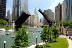 North America travel: A dozen things to do during a weekend in Chicago