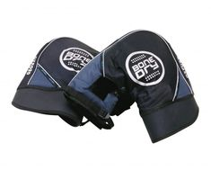 These Oxford RainSeal Muffs mount to your handlebars to keep your hands warm & dry even in the coldest riding weather!