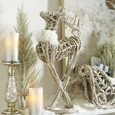 1000 images about beautiful christmas decorations on pinterest holiday decorating white christmas and christmas decorating ideas beautiful christmas decorations