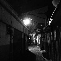 """@제로쿨's photo: """"골목..좋아~ #back_lane #street #Seoul #night #igaddict #igdaily #ignation #instacool #instagood #instalove #instamood #instagrammer #instagramhub #bestagram #bestoftheday #picoftheday #photooftheday #all_shot #instagramers #insta_mazing #igers #iphoneonly"""""""