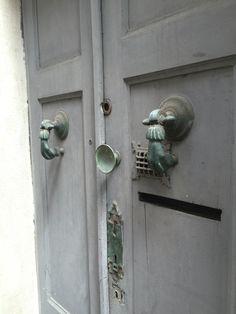 #details #nice Window Design, Door Handles, Windows, Doors, Nice, Home Decor, Decoration Home, Room Decor, Door Knobs