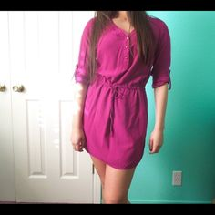 Roll-Up sleeve dress Can be worn loose or more fit. Adjustable string belt and rollable sleeves. Has 2 tiny bleach stains shown above. Used Once!  •No Trades• GAP Dresses Long Sleeve