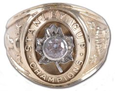 1962 Stanley Cup Ring presented to the Toronto Maple Leafs Championship Team Hockey Shot, Ice Hockey, Stanley Cup Rings, Original Six, Maple Leafs Hockey, Nhl Pittsburgh Penguins, Super Bowl Rings, Ice Castles, Championship Rings