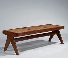 Modern Design for Living « Prouvé - Perriand - Le Corbusier - Jeanneret » - Vente N° 1409 - Lot N° 35 | Artcurial