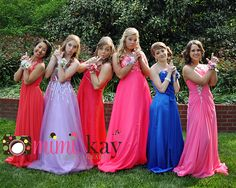 Prom Photography, prom photos, Cleveland,TN, poses for prom, Formal dresses, prom dresses, coral dress, red dress, blue dress, group prom pose  Mimi Kay Photography