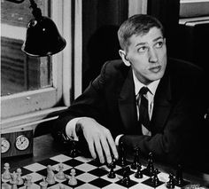 Bobby Fischer: Celebrating the 40th Anniversary of a World Chess Champion - Biography.com