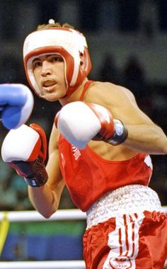 Oscar De La Hoya from Awesome Olympians! Garfield High School, 1992 Olympics, The Golden Boy, Olympians, Olympic Games, Boxing, Ronald Mcdonald, Awesome, Athlete