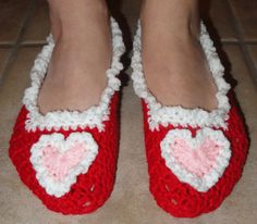 Valentine's Day slippers - I used the linked pattern (minus the Mary Jane strap) to make the basic slipper. I did my 2 rows of single crochets in white then added a third row (*ch 3, sl st* in ea sc around) to add the ruffly look. The heart is a basic heart also with the (ch 3, sl st) around. Then I sewed the heart to the top of the slipper.