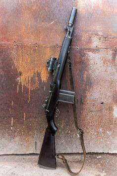休日はいつも森の中 Tactical Rifles, Tactical Survival, Firearms, Weapons Guns, Guns And Ammo, Zombie Survival Guide, Scout Rifle, Battle Rifle, Submachine Gun
