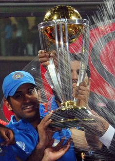 2011 Cricket World Cup, India Cricket Team, Ms Doni, History Of Cricket, Dhoni Quotes, Ms Dhoni Wallpapers, World Cup Trophy, Ms Dhoni Photos, Cricket Wallpapers