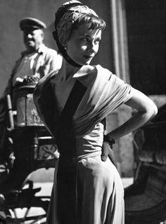 Audrey Hepburn wearing the Sorelle Fontana ' Cameo Rose' cocktail dress. Rome, 1953.
