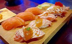 Salmon Sushi @ Sushi Hana Plus Price 670  Points 5/5  Salmon Sushi Set 3 pieces  Salmon Toro Aburi Set 2 pieces Salmon Hifumi Sauce 3 pieces บอกไดเลยวา Sugoi จรงๆ กบขนาดทเรยกวามหมาของซชแตละคำ ตองอาปากกวางมาก เนอปลาสด ทงคณภาพและรสชาตดมากๆ เนอขาวกนมอรอย ลงตวเปนทสด  #sushihana #sushihanaplus #salmon #salmonsushi #salmontoro #sushi #aburi #salmonaburi #hifumi #tobiko #salmontorosushi #japanesesushi #japaneserestaurant #foodreview #foodpic #foodporn #foodig #food_ig #eating #eatit #foodorgasm…