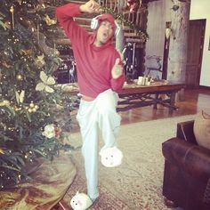 Boxer Dog Puppy, Nick Cannon, Mariah Carey, American Singers, Record Producer, Lamb, Christmas Tree, Actresses