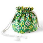 Easy Cotton Drawstring Bag - this would be cute for makeup or toiletries (add plastic liner), keys, kids trinkets, wallet, cellphone, etc.  You could make to match any outfit too.