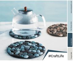 Spruce up your dining room table with some unique river stone placemats. To make sure your table won't get scratched use a mesh on the back of the mats. You can combine different colours, shapes and sizes of river stones to get an imperfect-perfect look! #CraftLife