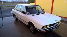 BMW 525 E12 de 1980 : de beaux restes