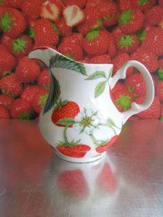 strawberry creamer