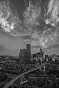https://flic.kr/p/wPgmqt | Saetgang Bridge Drama | Schizophrenic weather over Seoul can sure lead to some beautiful cloud patterns over the city especially after the monsoon season officially concludes each summer.   www.mattmacdonaldphoto.com