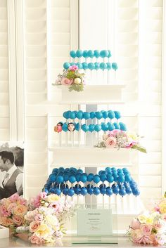 Blue Ombre Cake Pops by Sweet Lauren Cakes, via Flickr  How fun are these?