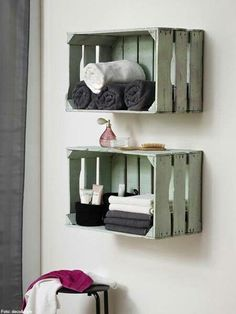 Inspiring 14 Ideas of Bathroom Shabby Chic Wooden Shelf https://decoratio.co/2018/01/03/shabby-chic-wooden-shelf/ There are many ways of how you can decorate your bathroom. Besides you need to make it clean, it is also important to have a beautiful bathroom. You might want to try these 14 ideas of gorgeous shabby chic wooden shelf for it.
