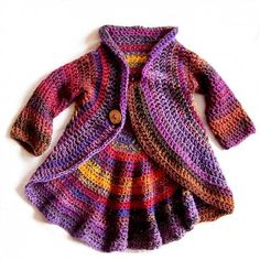 crochet sweater - oh boy I'm going to have fun making cute things for my new granddaughter :) Crochet Baby Jacket, Crochet Baby Sweaters, Crochet Coat, Crochet Cardigan, Crochet Clothes, Baby Knitting, Crochet Toddler, Crochet For Kids, Outfit Maker