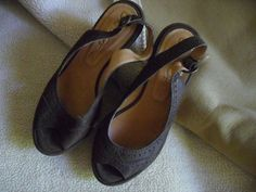 ONE OF 2 brand sandals brown suede leather  S 37 EUC platform wedge 7 cm   #oneof2 #PlatformsWedges
