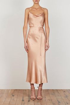 Bridesmaid Dresses, really exquisite dress design number 1536858780 - Awe Inpsiring dress idea. Desire more super eye popping ideas? Please stopover the image link 1536858780 right now. Beige Bridesmaids, Neutral Bridesmaid Dresses, Champagne Bridesmaids, Beige Dress Outfit, Beige Dresses, Neutral Dress, Gold Silk Dress, Gowns Of Elegance, Fashion Dresses