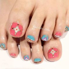 31 Easy Pedicure Designs for Spring Tribal Nail Designs, Tribal Nails, Toe Nail Designs, Nails Design, Summer Toe Designs, How To Do Nails, My Nails, Bohemian Nails, Pedicure Designs