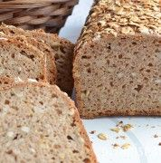 różne chleby na zakwasie Bread Recipes, Cooking Recipes, Polish Recipes, White Bread, Pina Colada, Bread Baking, Graham, Banana Bread, Bakery