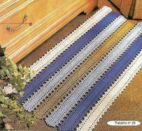 Vejam que charme esse tapete.......muito fácil e muito rápido de fazer!!  O gráfico do tapete original esta logo abaixo, o meu tapetinho eu...