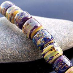 MruMru Handmade Lampwork Glass Beads. Organic by magdalenaruiz