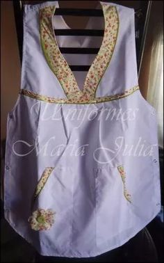 guardapolvos seño ponchos primaria jardin Apron, Blazer, Sewing, Shirts, Fashion, Hand Stitching, Tela, Kids Apron, Dresses With Sleeves