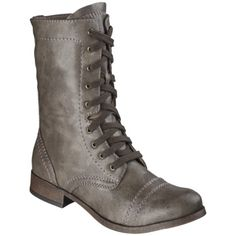 This style is in for fall and I saw them in Target and love them.  Not sure if I could pull them off though.  Anyone else planning on rockin' this trend this fall?