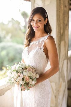 Desiree Hartsock's wedding to Chris Siegfried: http://www.stylemepretty.com/2015/03/06/desiree-hartsocks-chris-siegfried-bachelorette-wedding/ | Photography: Brandon Kidd - http://www.brandonkidd.net/
