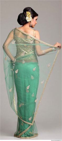 10 Trendy Blouse Designs for Net Sarees