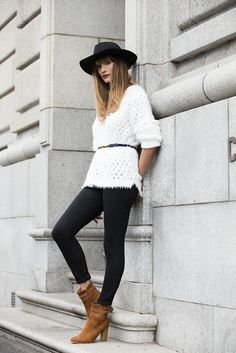 Update your look the with a love fur sweater, add a belt and wear it with ankle boots Shoe Shop, Must Haves, Fashion Online, Fashion Accessories, Ankle Boots, Fur, Plus Size, Belt, Clothes For Women