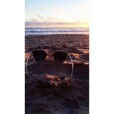 Beach sunglasses iPhone wallpaper
