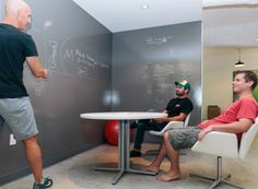 Who wouldn't love to brainstorm in this room? Black Mountain Systems has created the perfect space for collaboration. Check them out //