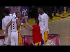 Fan Hits Half-Court Shot at Lakers Game for $95,000 - LIKEMEVIDEO