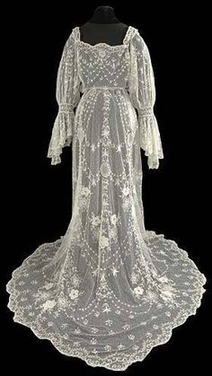 Tambour Wedding Dress Circa 1905 Courtesy of The Lace Guild Museum ~ UK