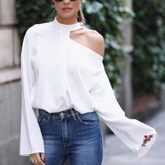 Cut Out Bell Sleeve Button Detail Blouse fashion Boho,fashion Classy,fashion Outfits,fashion Trends, Look Fashion, Womens Fashion, Fashion Tips, Fashion Design, Classy Fashion, Fashion Styles, Cheap Fashion, Fashion Fashion, Fashion Brands
