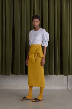 Roksanda Resort 2017 fashion show - Pre-Spring-Summer 2017 collection, shown 2nd June 2016