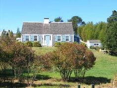 Chilmark - Beautifully Restored Antique Cape